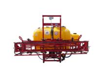 Függesztett szántóföldi permetezőgép 600 l / 15 m
