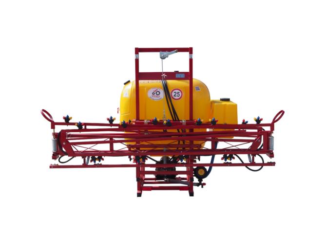 Függesztett szántóföldi permetezőgép 400 l / 12 m